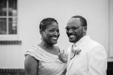 groom-mom b&w