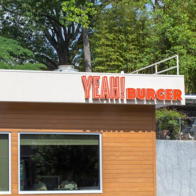 yeah burger - exterior- 140519liajc071314vahijohn-walkneighborhoodlro-0011